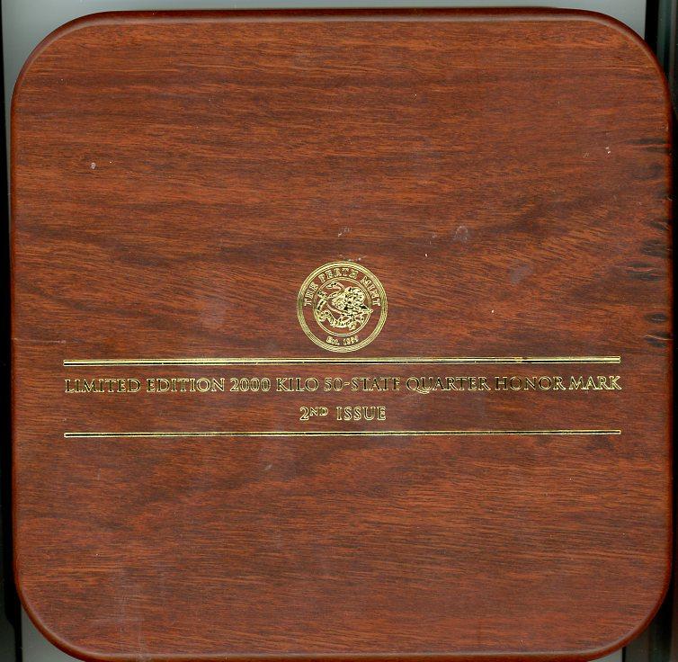 Thumbnail for 2000 One Kilo Australian Kookaburra Honor Mark Coin - US State Quarters