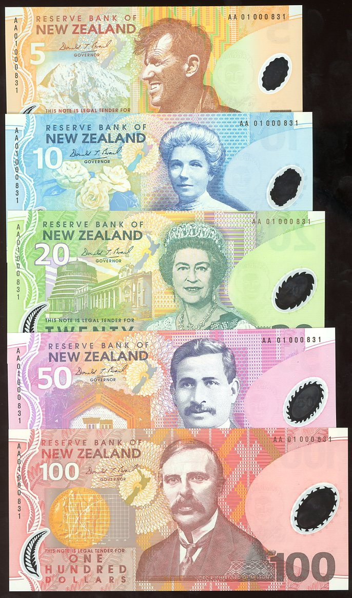 Thumbnail for 2001 New Zealand Set of 5 First Prefix Notes with Matching Serial Numbers AA01 000831 UNC